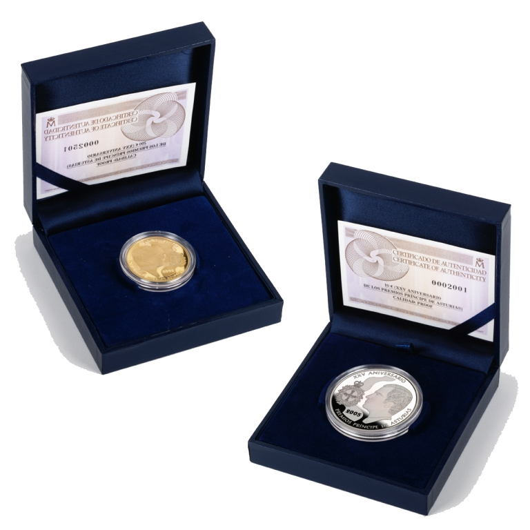 Jewel cases with proof coins. Abre en ventana nueva